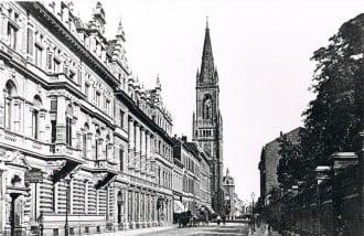 Orientteppiche Maessen bietet seit über 100 Jahren Teppiche in Düsseldorf an.