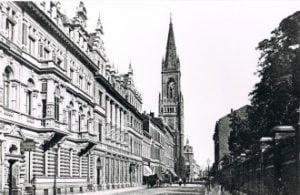 Seit mehr als 100 Jahren können Sie bei uns Teppiche in Düsseldorf kaufen.